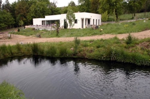 """Área de Apoio ao Parque de Pesca """"Casa do Xisto"""""""