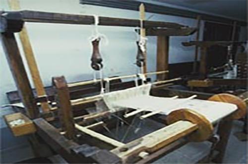 Exposição, Confecção e Comercialização de Linho