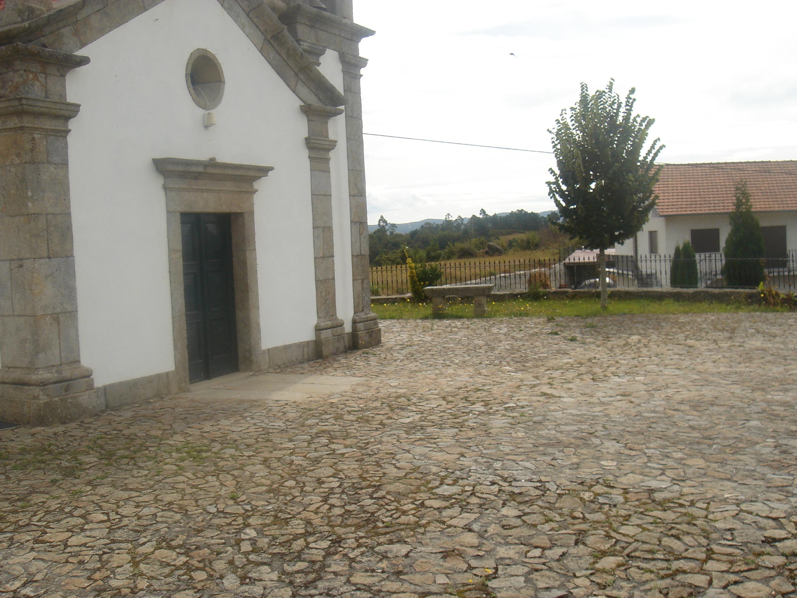"""Projecto Nº 2006100020897 """"Recuperação do Adro da Igreja Paroquial"""""""