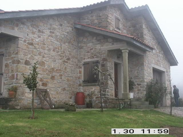 """Projecto Nº 2006100021028 """"Recuperação de fachadas, varandas, muros e anexo"""
