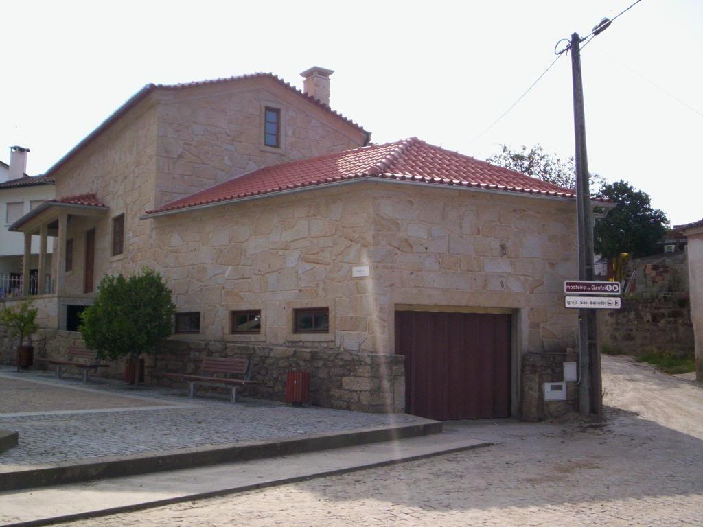 """Projecto Nº 2006100019709 """"Recuperação de fachadas, cobertura e caixilharia"""""""
