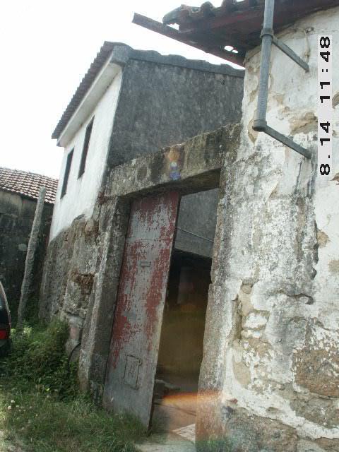 """ProjectoNº 2006100019733""""Recuperação de fachadas, caixilharia e cobertura"""""""