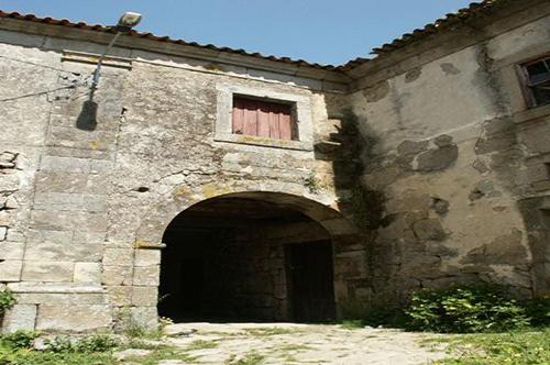 """Projecto Nº 2004100030016 """"Recuperação de fachada, caixilharia e cobertura do Convento"""""""